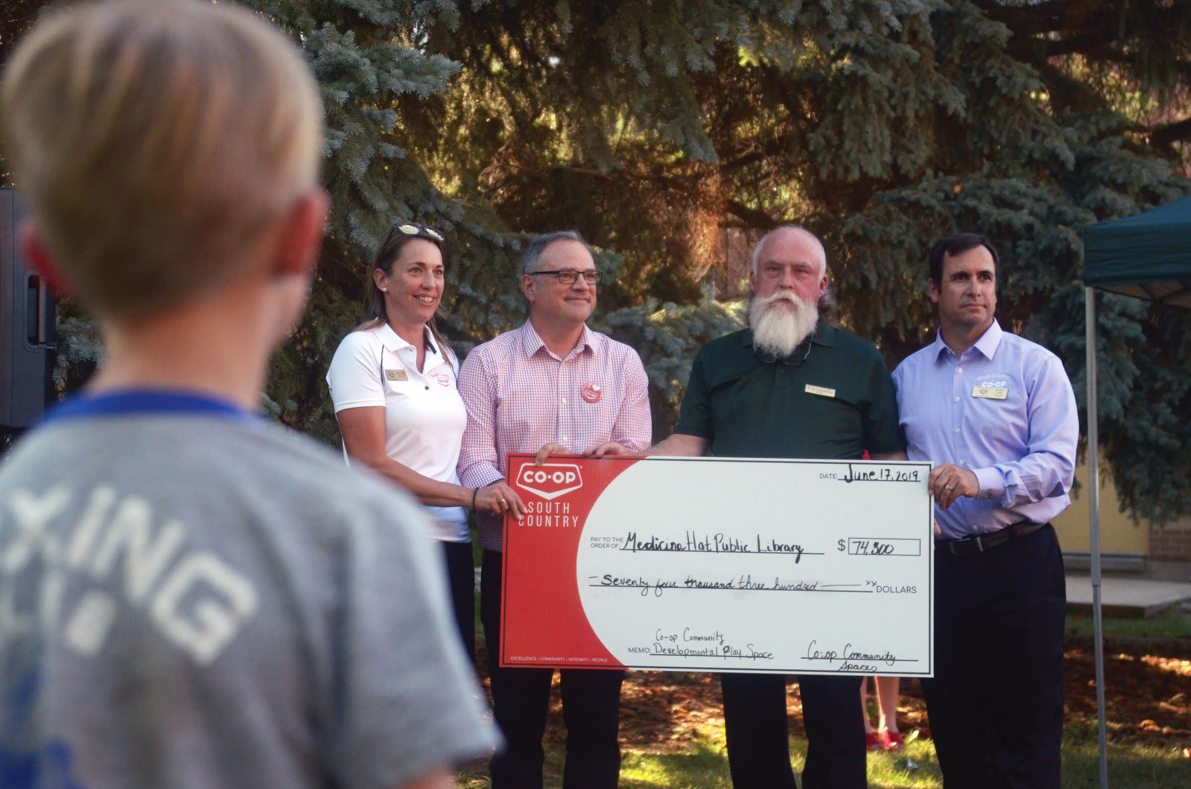 images/2334/co-op cheque presentation-photoshopped-gmr.jpg